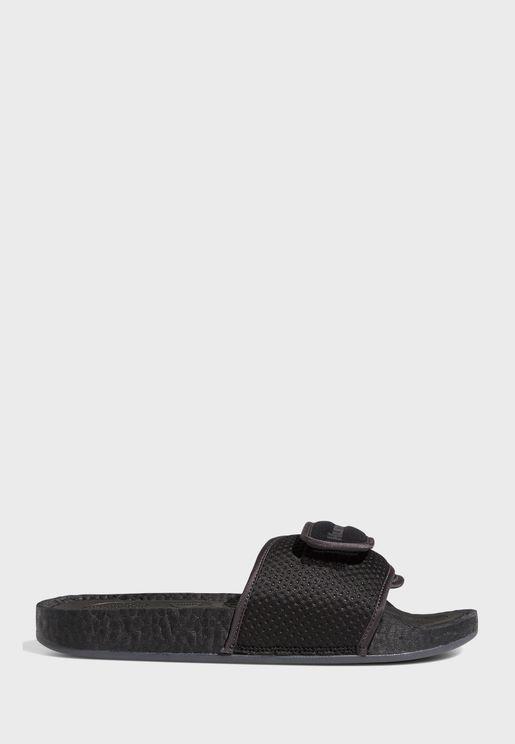 حذاء من مجموعة فاريل ويليامز
