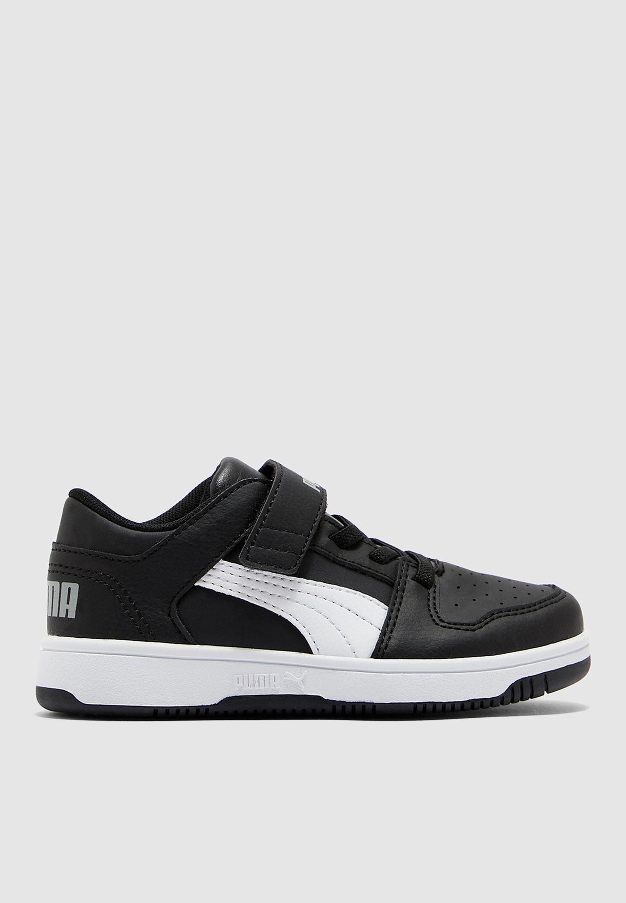 حذاء ريباوند