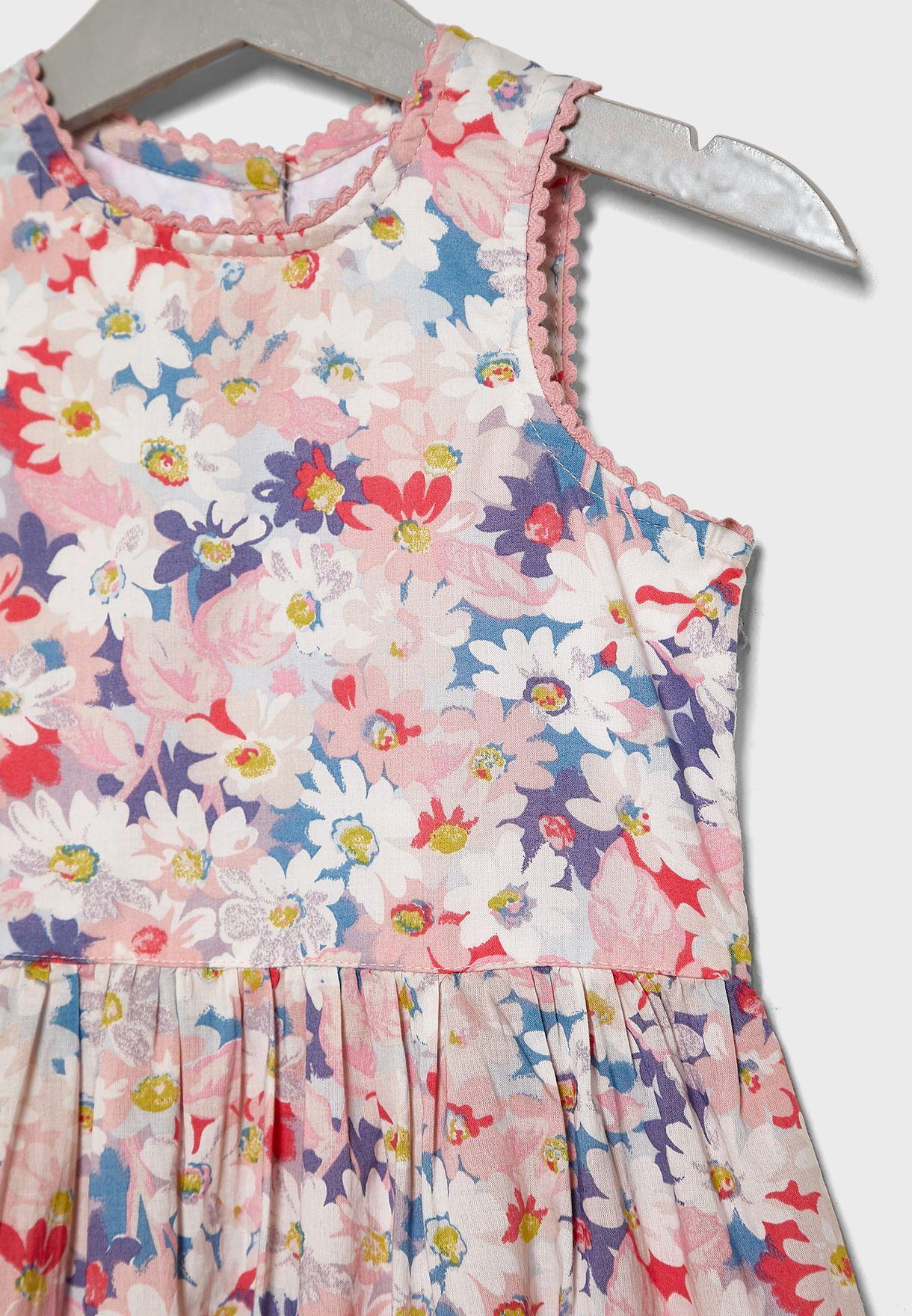 فستان بطبعات أزهار