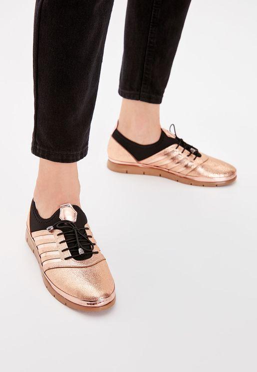 Glitter Detail Low Top Sneaker