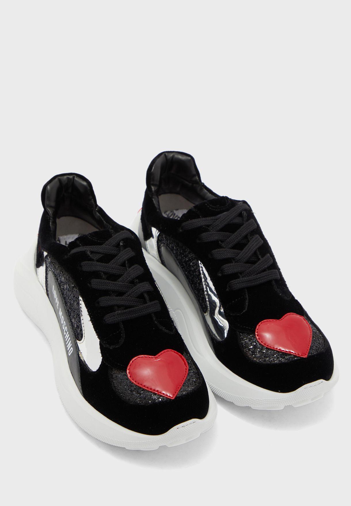 Logo Low Top Sneaker