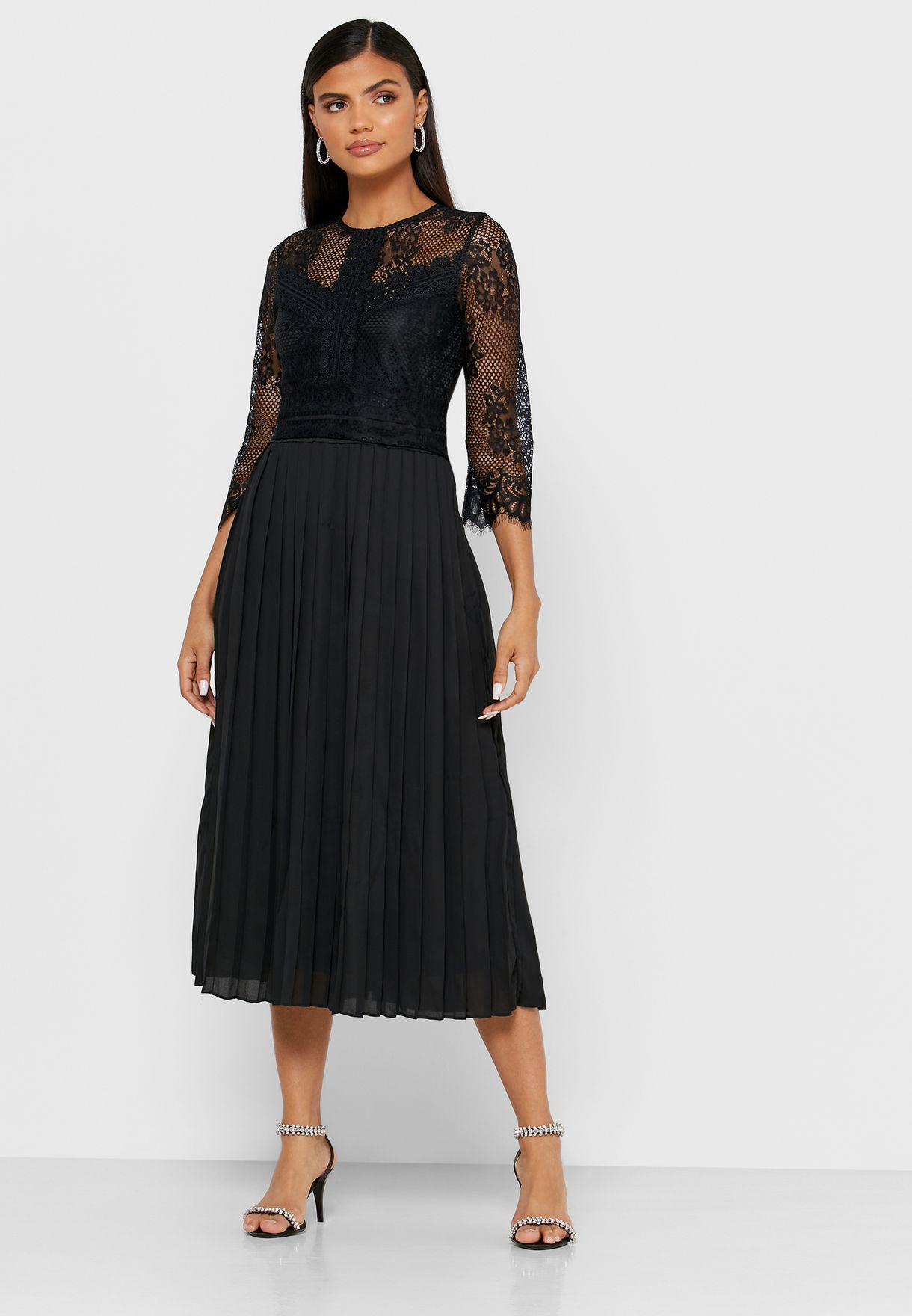 فستان ميدي مزين بدانتيل