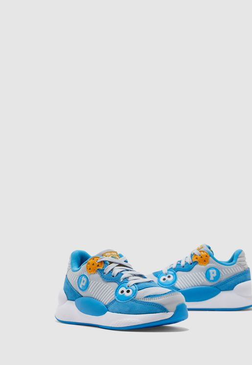 حذاء من مجموعة شارع سمسم