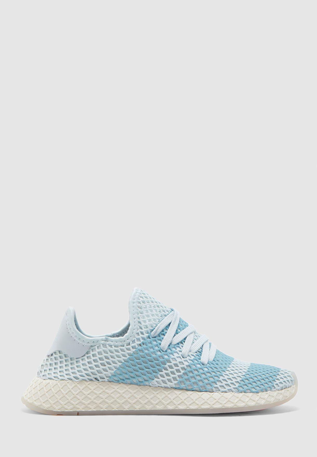 حذاء ديربت رنر