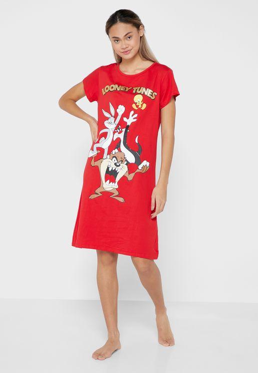 قميص نوم بطباعة غرافيك