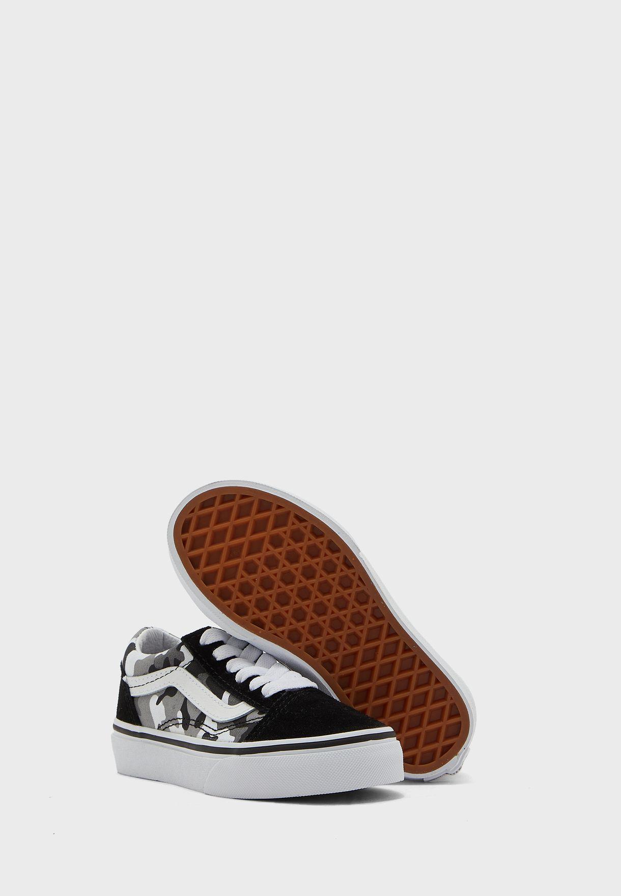 حذاء للاطفال