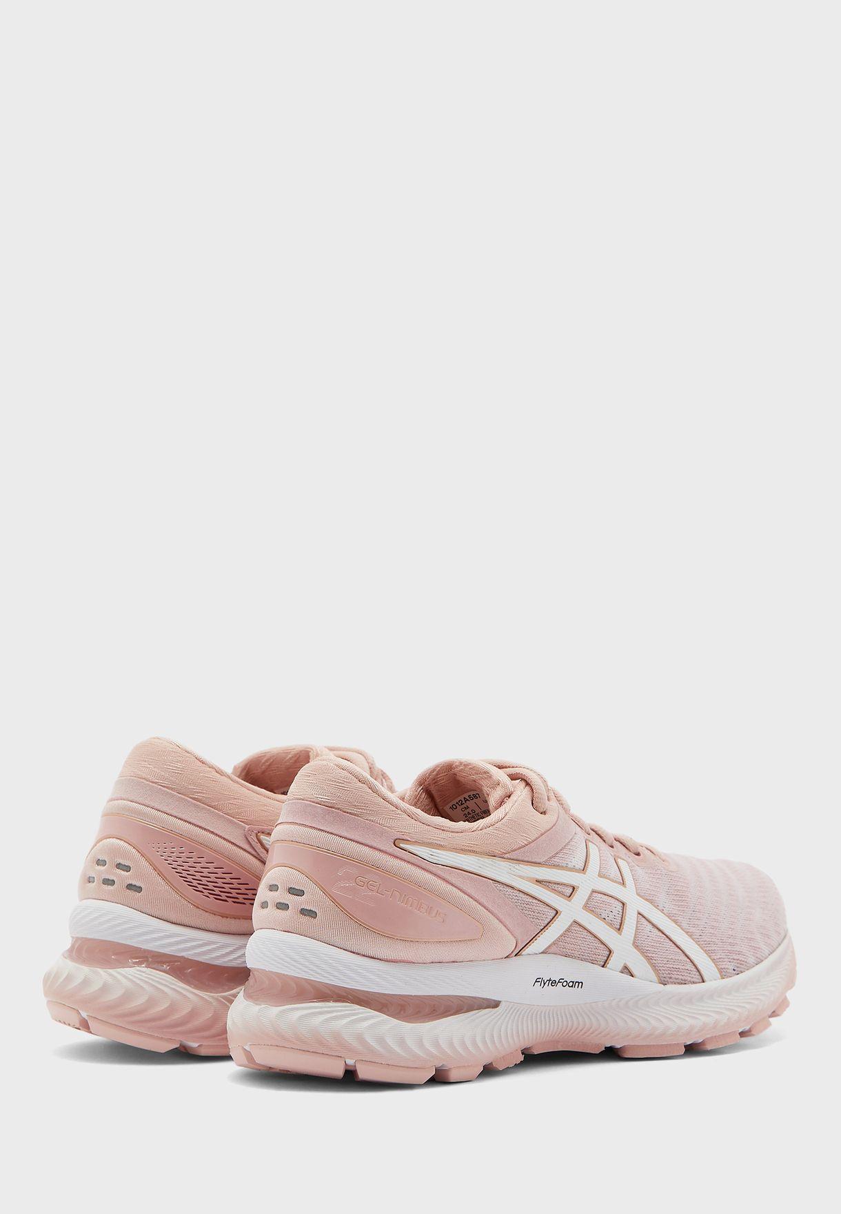 حذاء جيل- نيمباس 22