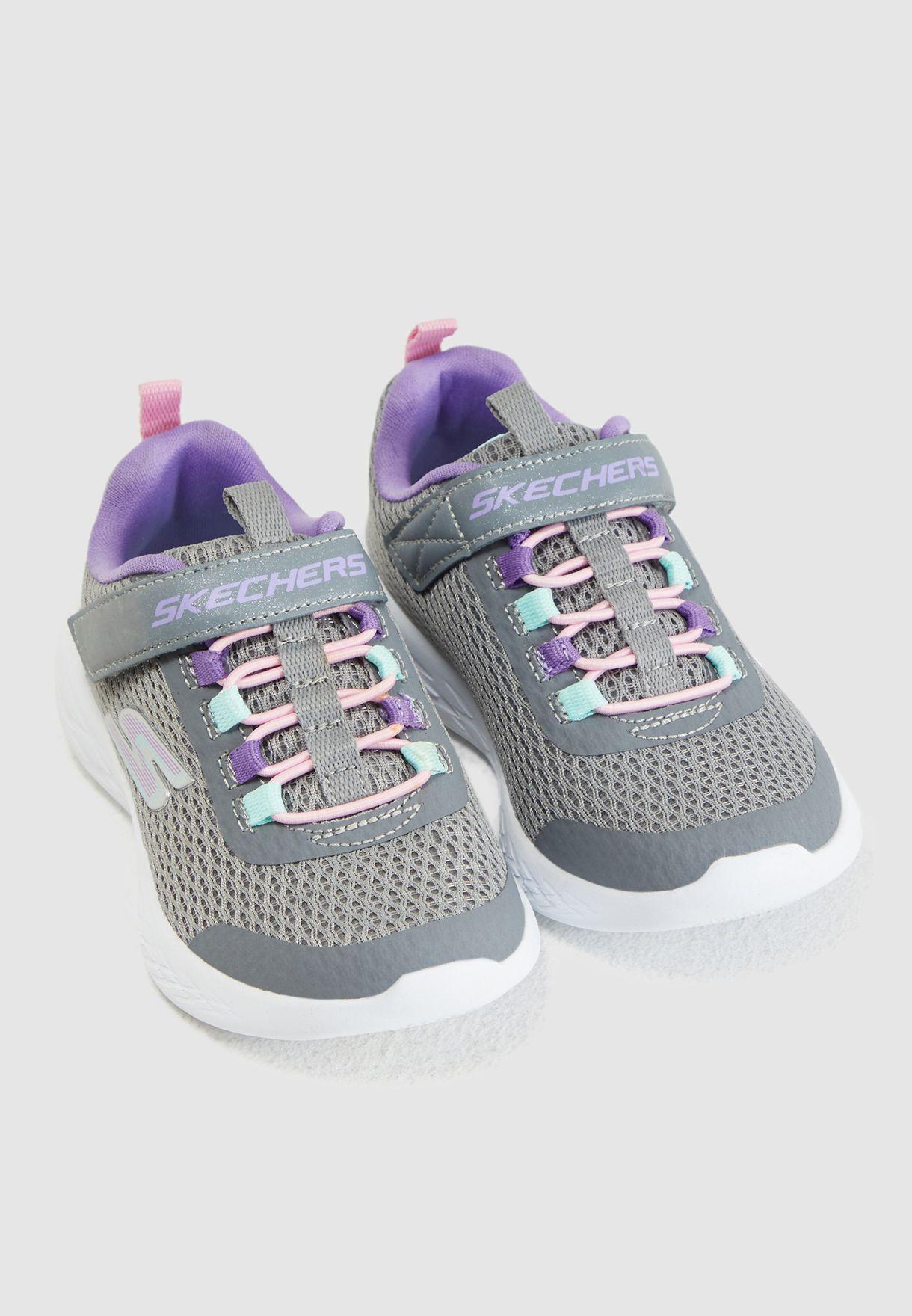 حذاء اس ام يو للأطفال