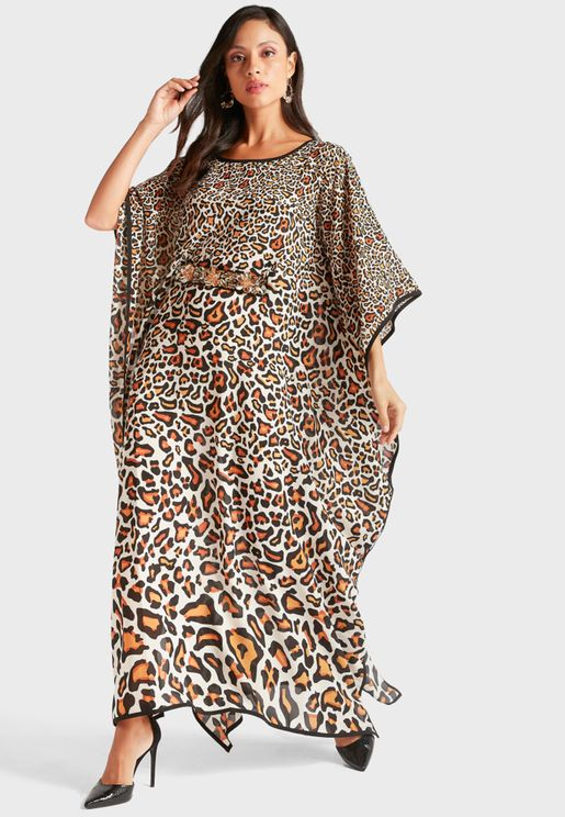 فستان مطبع باكمام كيمونو
