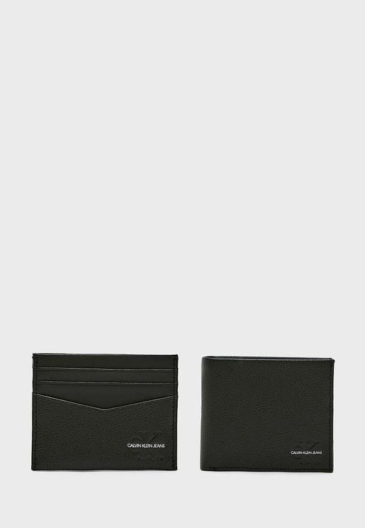 محفظة وحافظة بطاقات