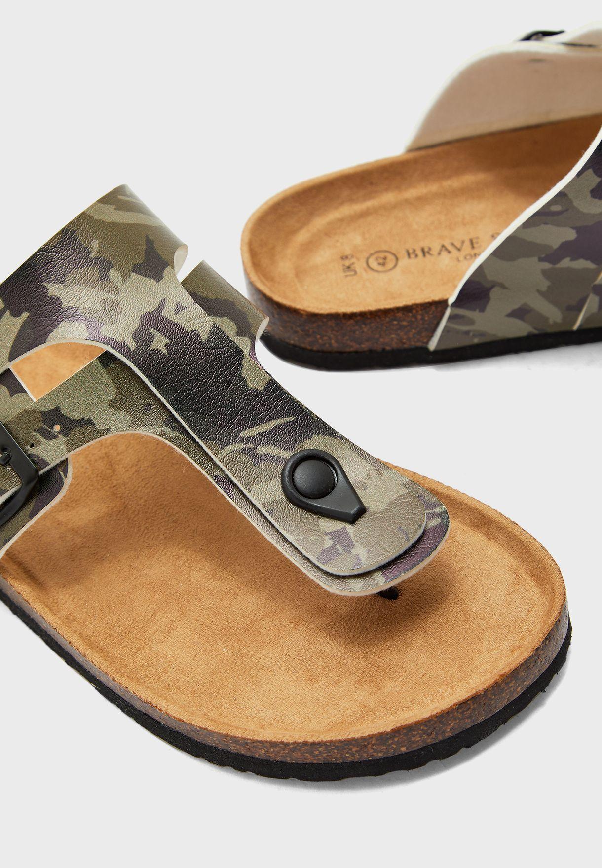 Pentle Sandals