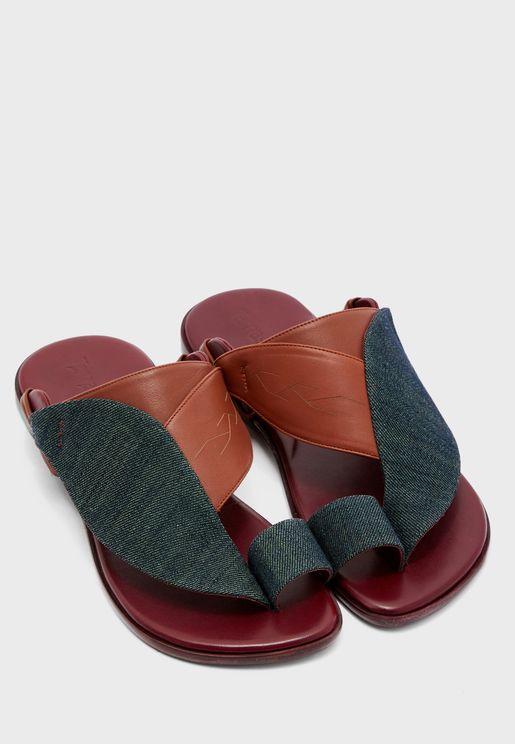 Sarawi Wide Strap Sandals