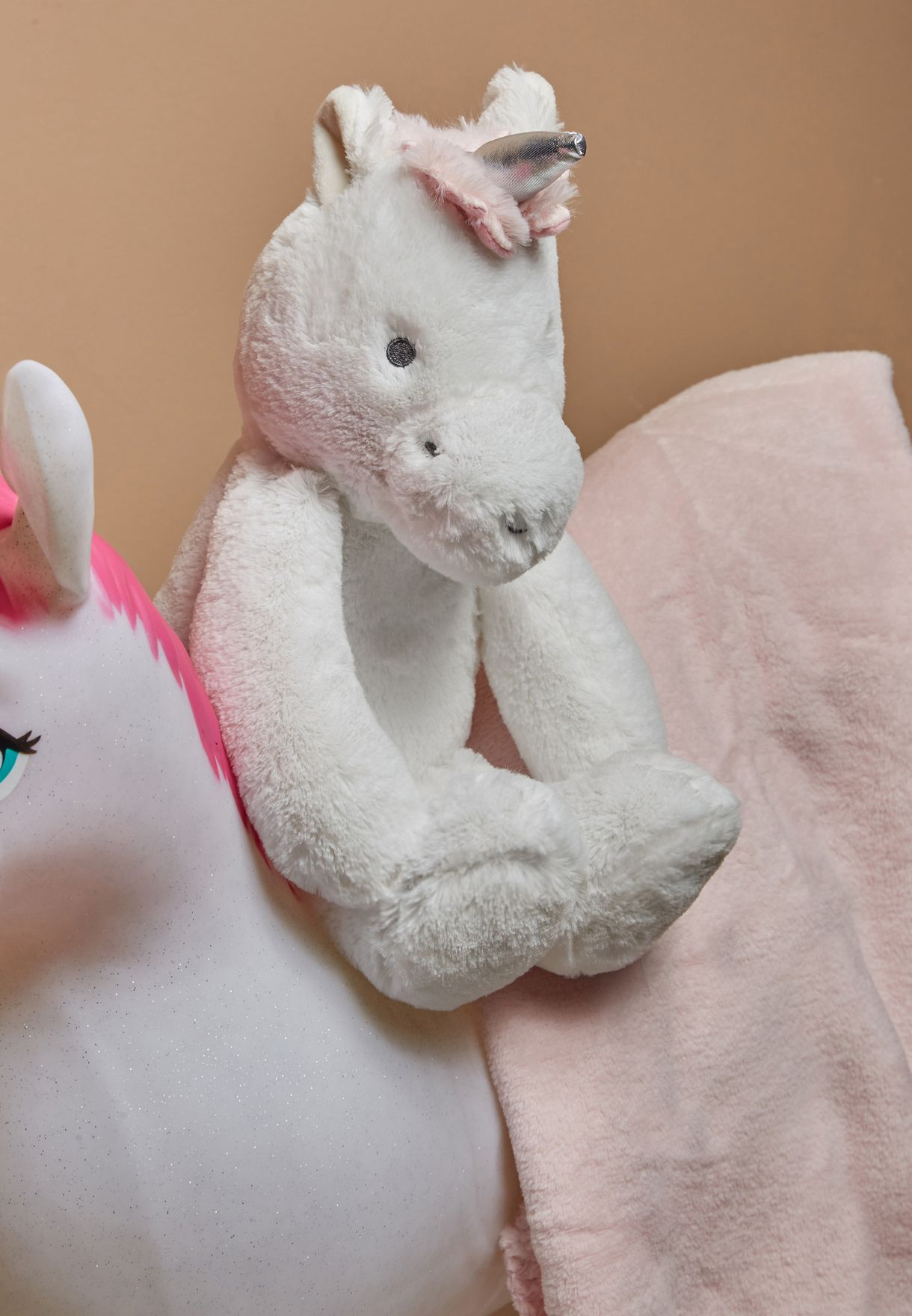 UNICORN Rolled Blanket And Toy Set