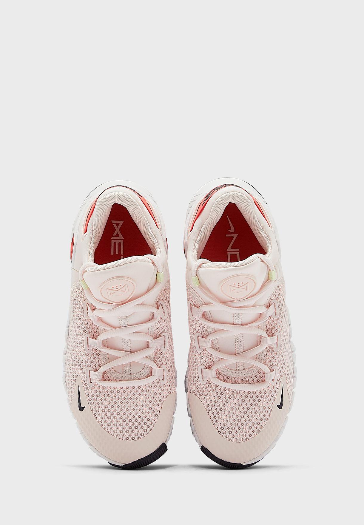 حذاء فري ميتكون 4