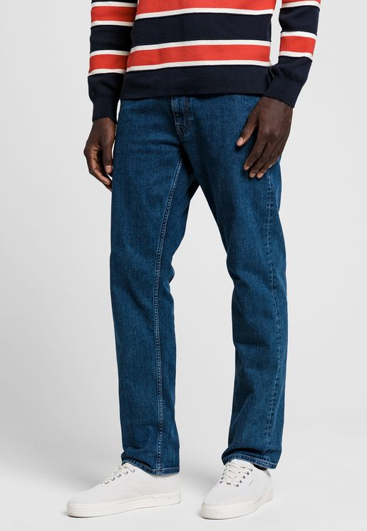 جينز بخصر متوسط