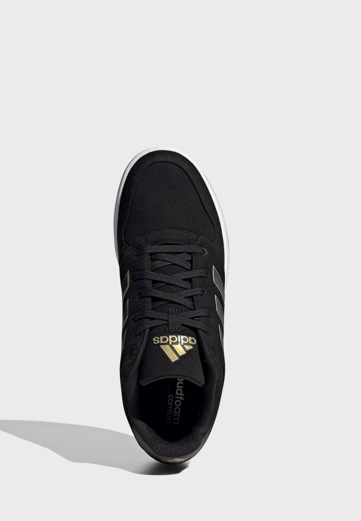 حذاء كرة سلة جيم تاكر
