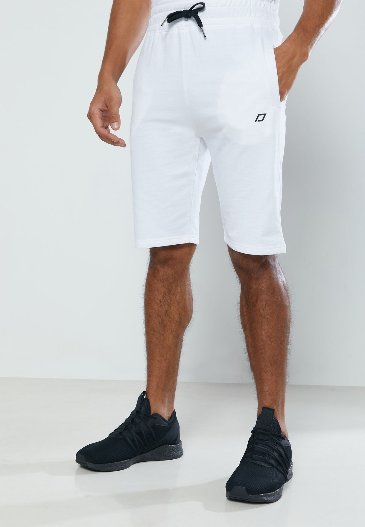 Athleisure Essential Short