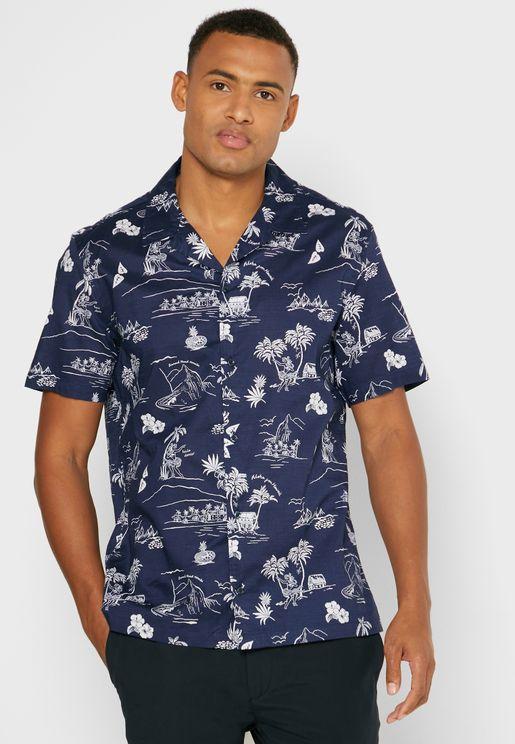 قميص بطبعات هاواي