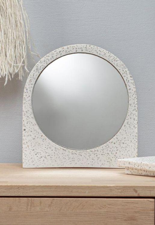 مرآة صغيرة