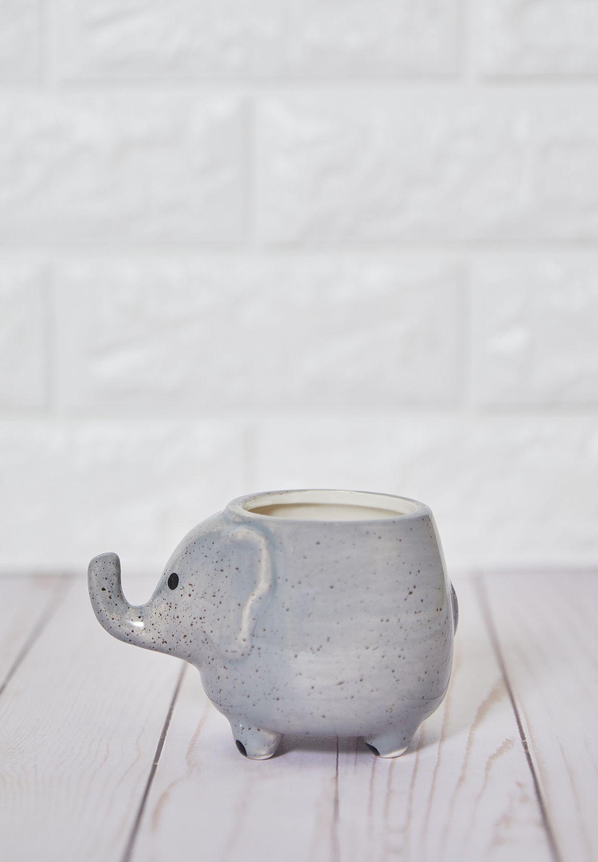 حمالة اقلام شكل فيل
