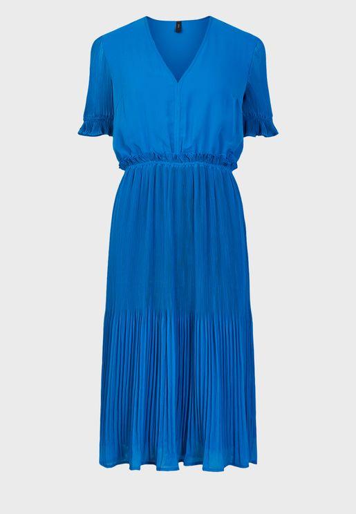 Ruched Waist Plisse Detail Dress