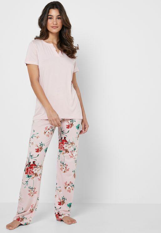 T-Shirt & Pyjama Set