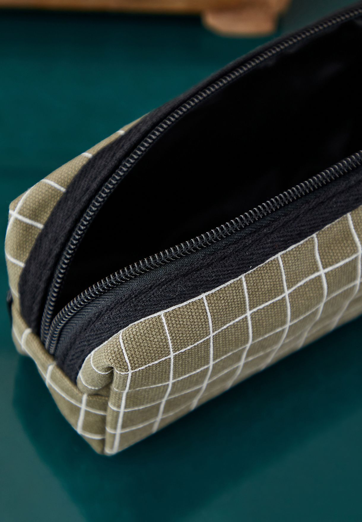 Conscious Bailey Grid Pencil Case