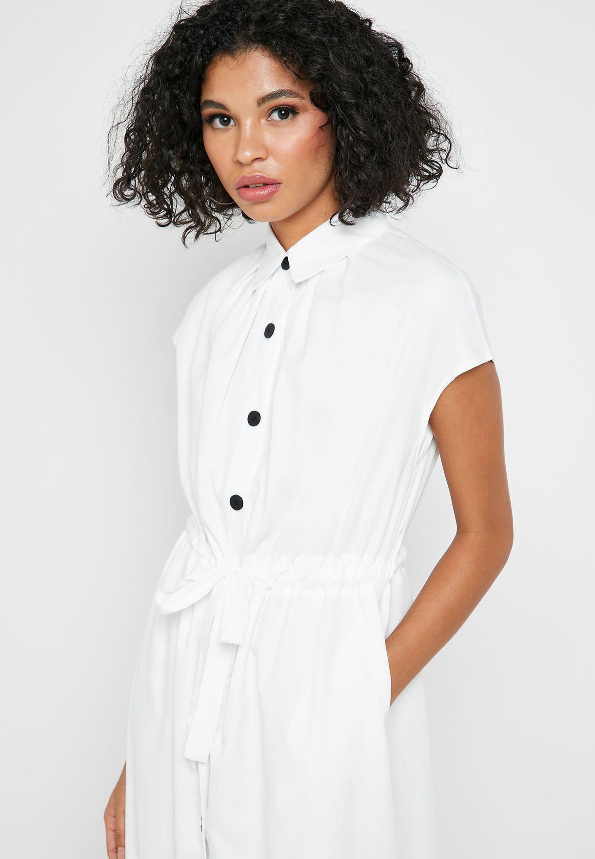 فستان ميدي بأزرار امامية