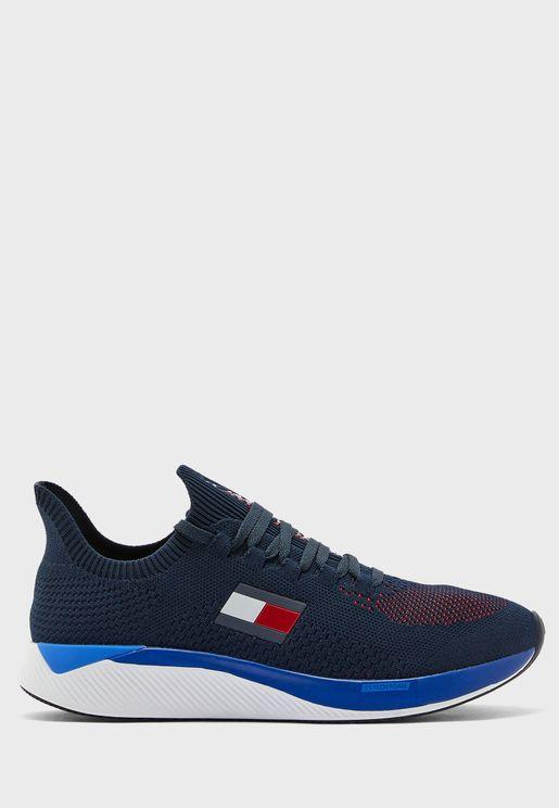 حذاء اليت 2