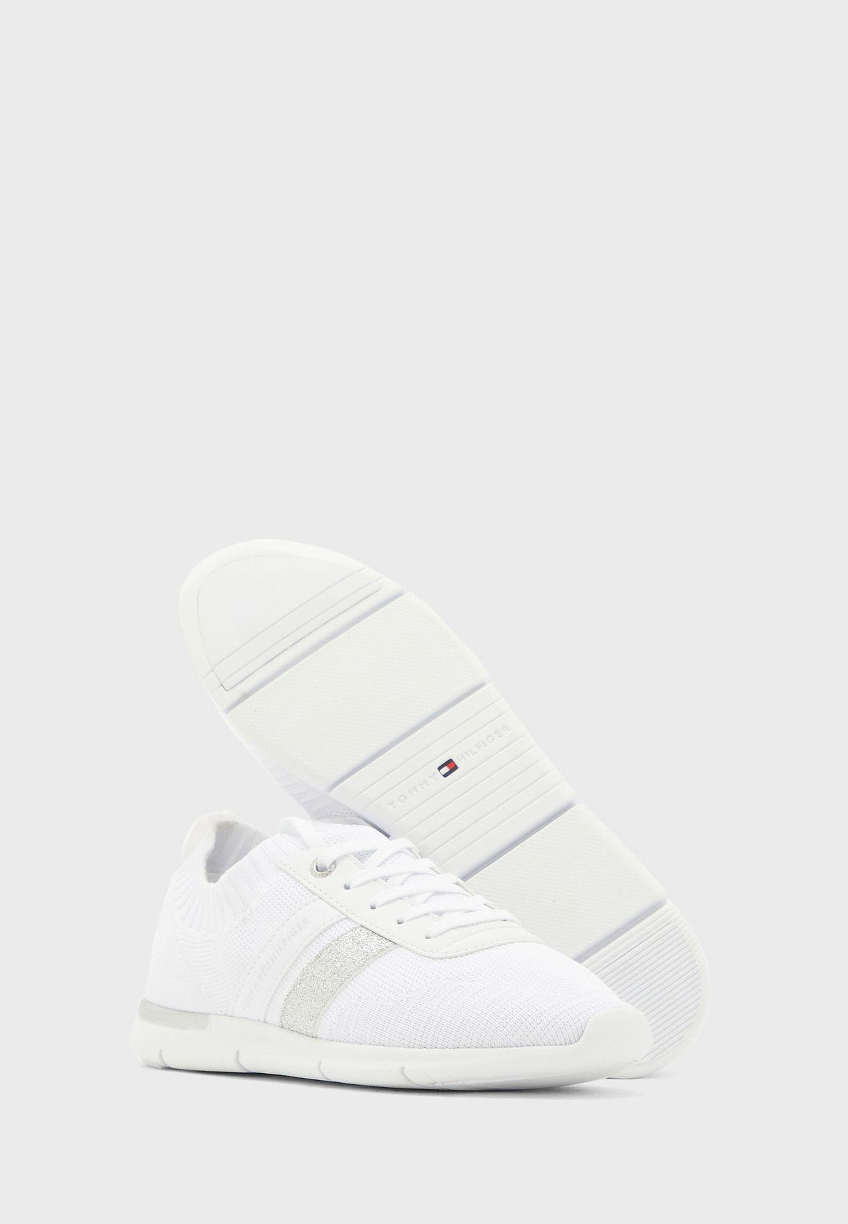 Feminine Lightweight Sneaker
