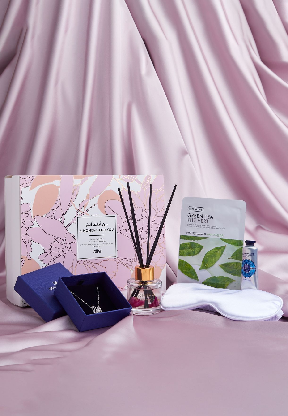 A Moment For You Gift Box Worth 544 AED / 595 SAR