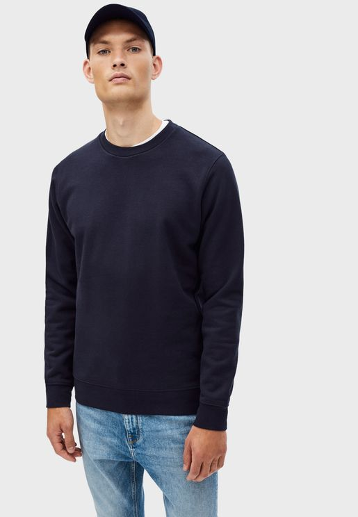 Essential Crew Neck Sweater
