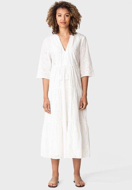 فستان بأربطة عنق وطبقات متعددة