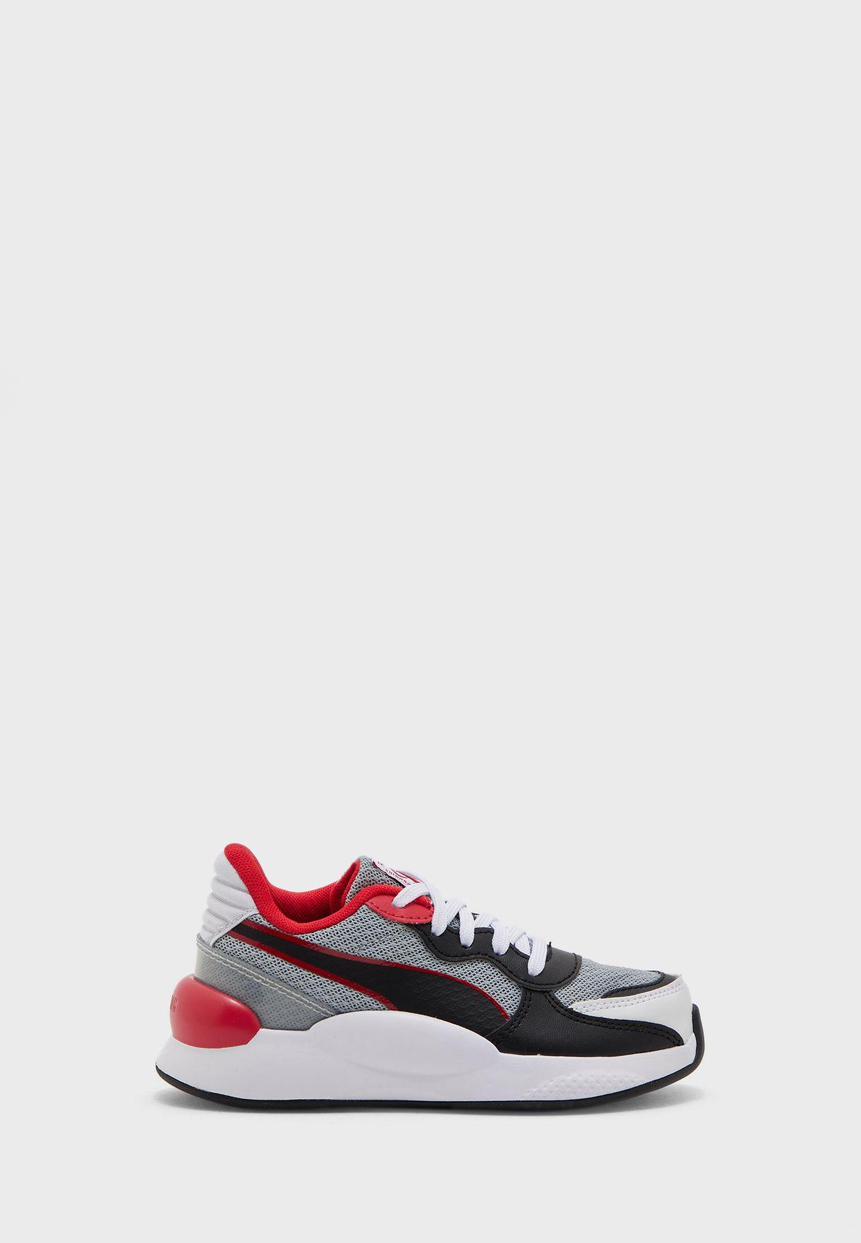 حذاء ار اس 9.8 بلاير