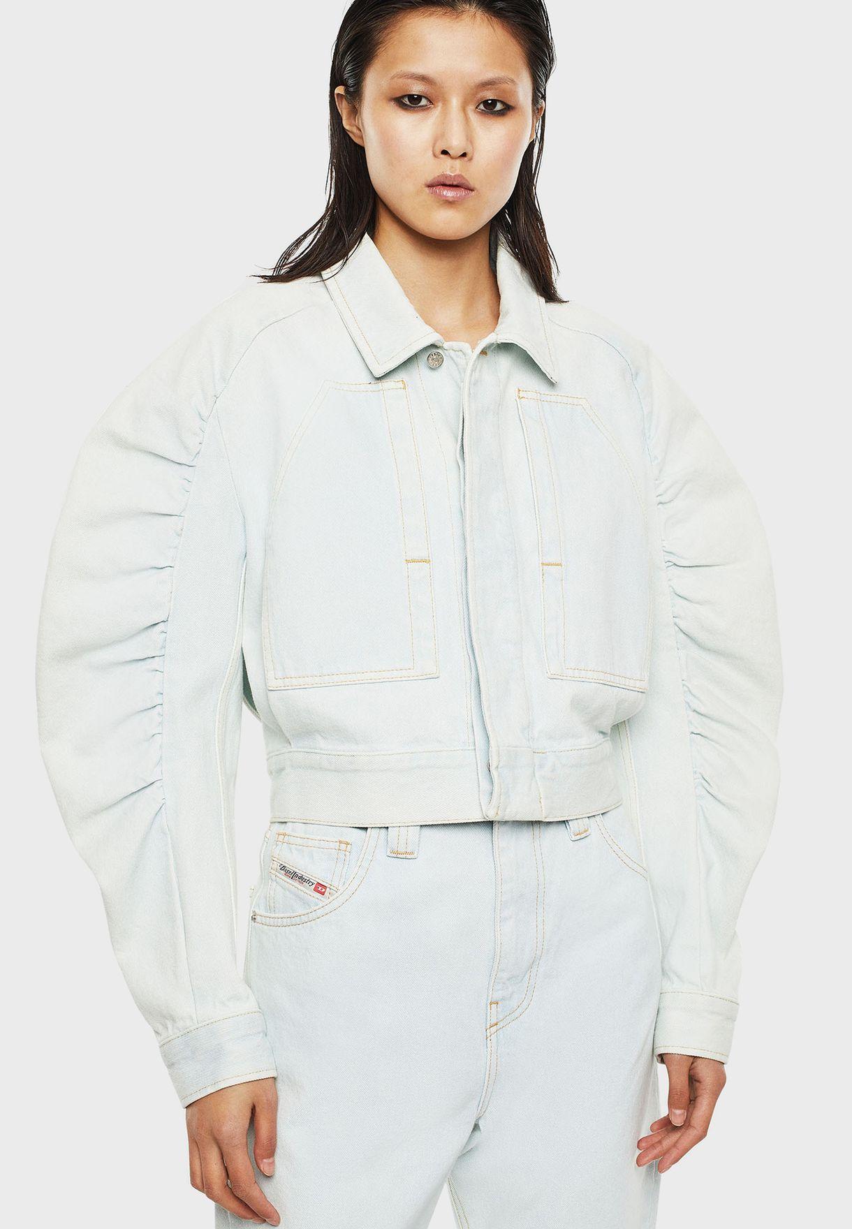 جاكيت جينز قصير بأكمام منفوشة