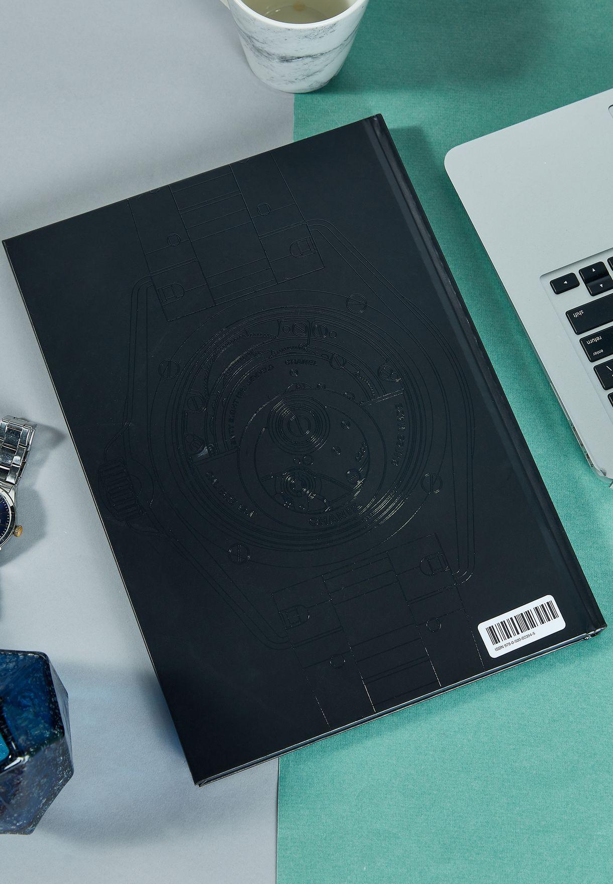 كتاب Chanel Eternal Instant