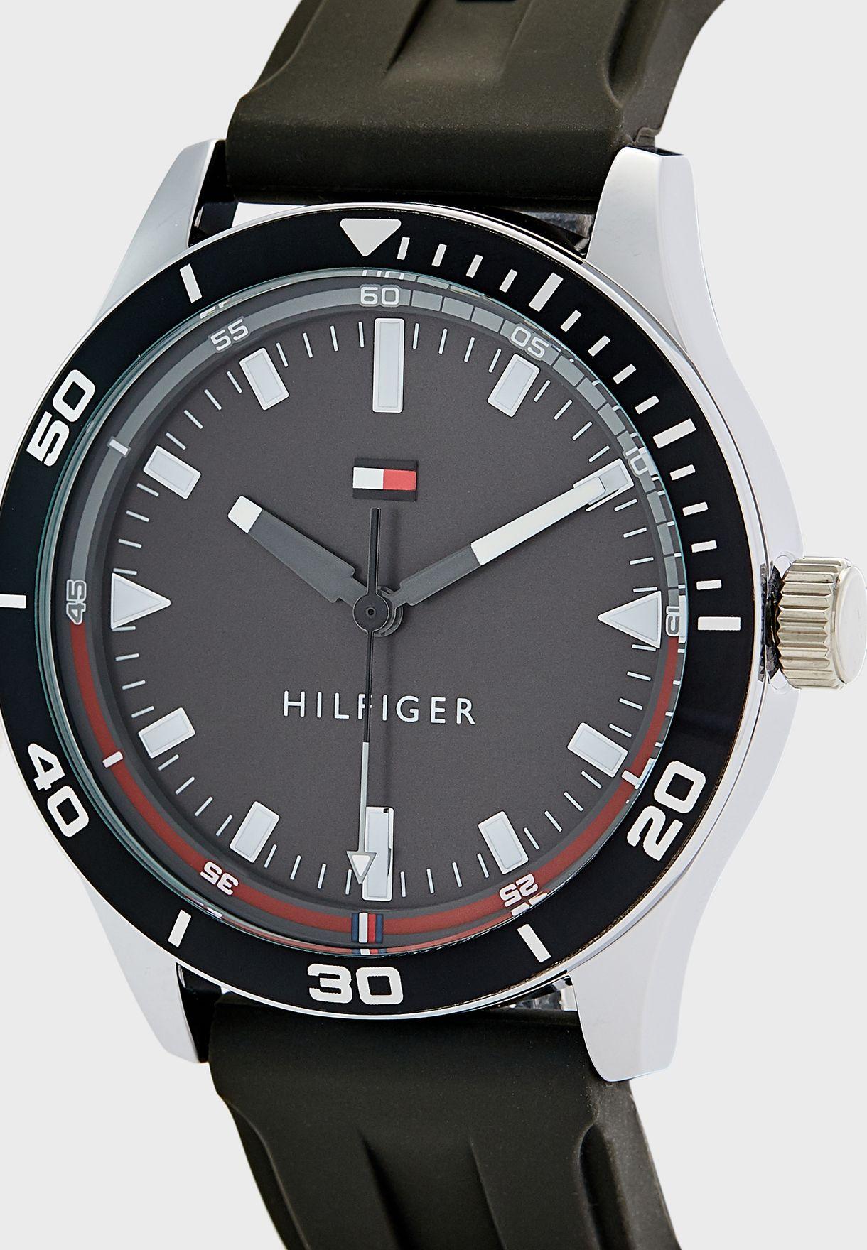 1791820 Analog Watch
