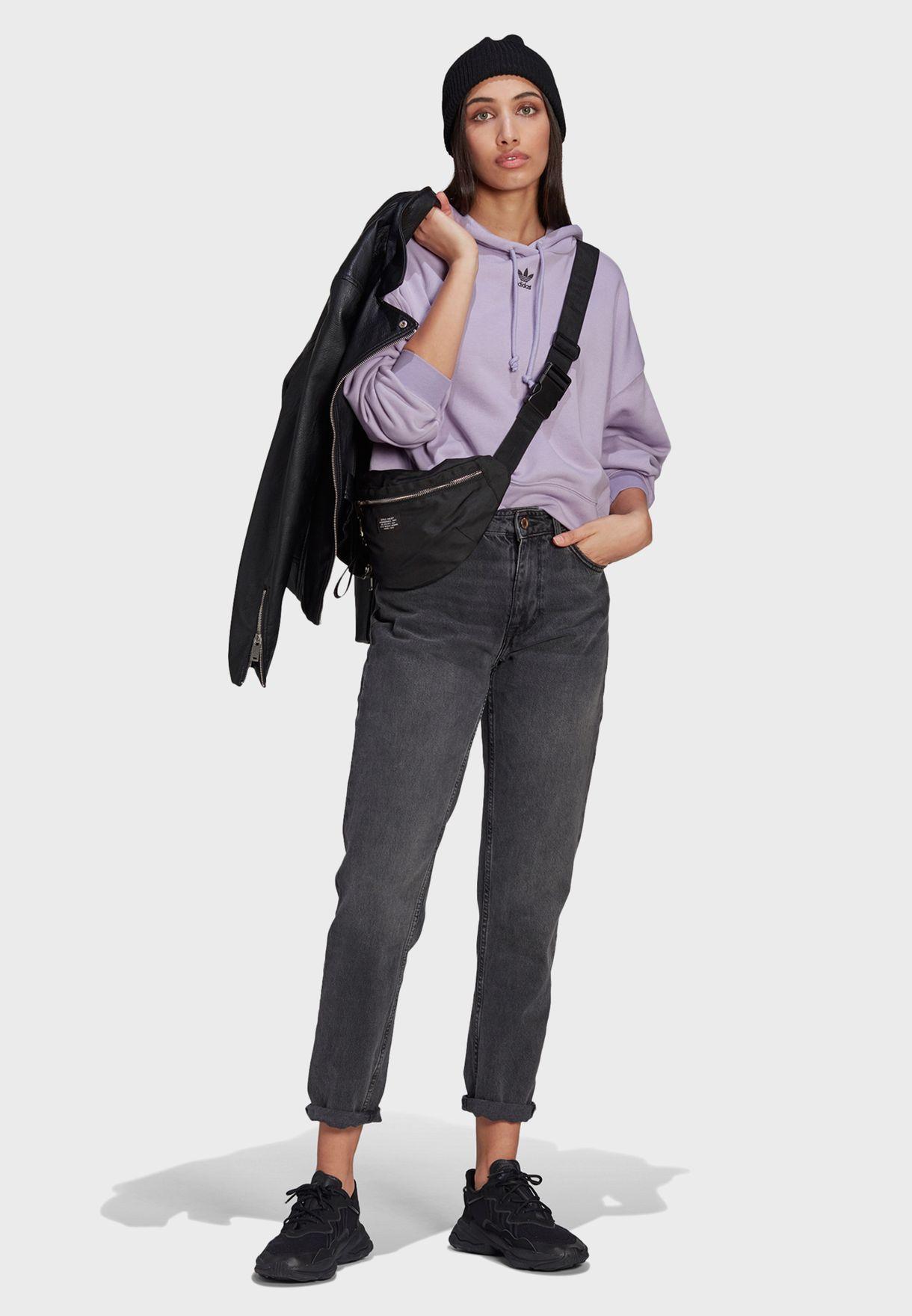 هودي كاجوال بأربطة عنق