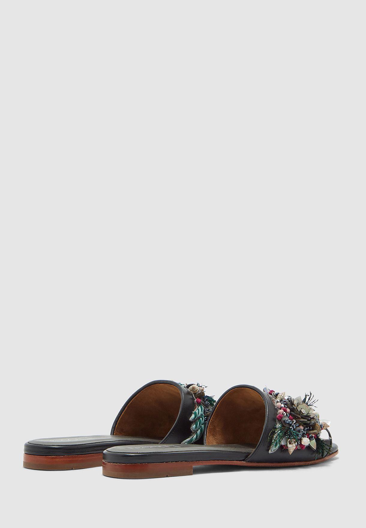 Moricz Flat Sandal