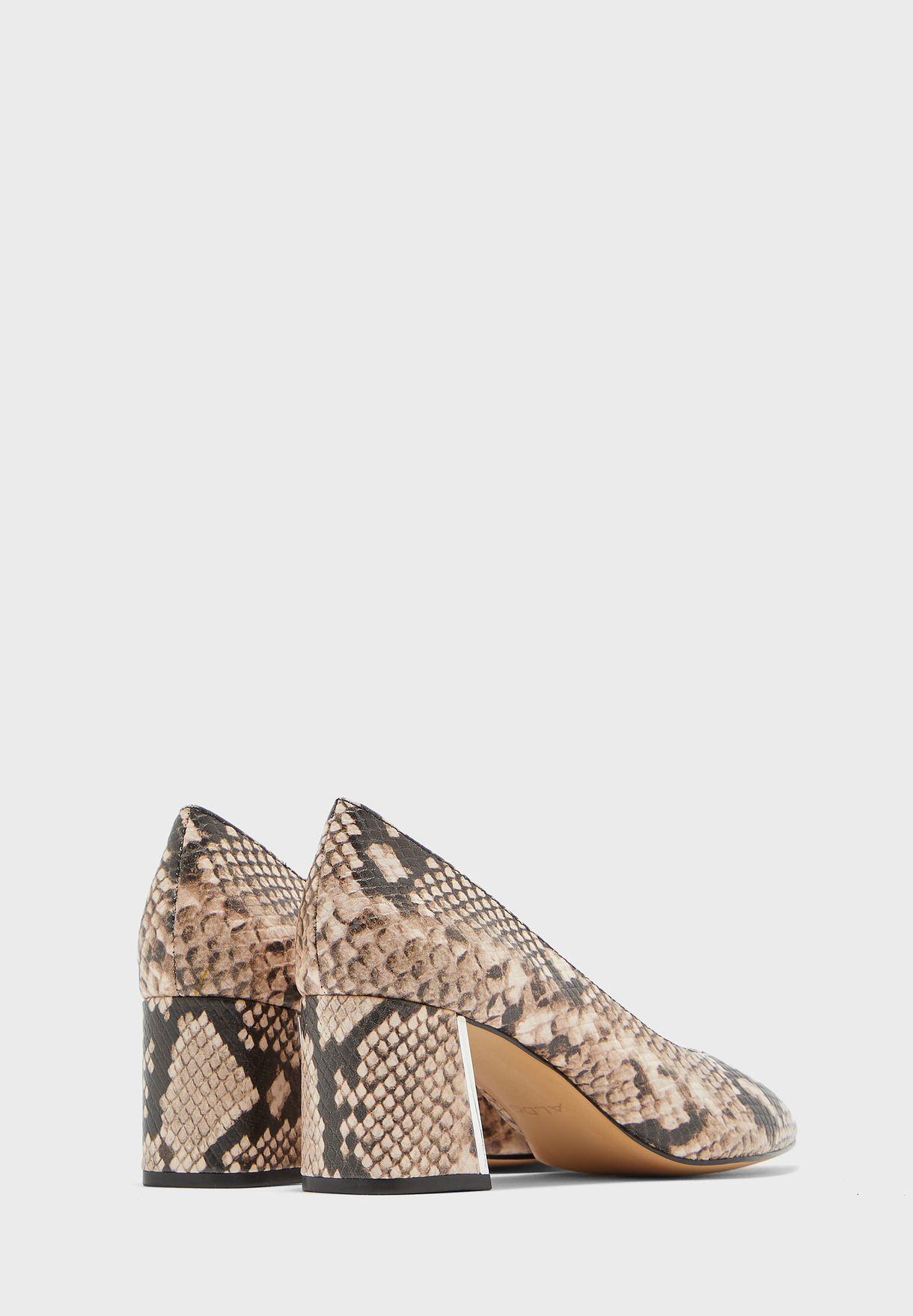 حذاء مطبع بكعب سميك