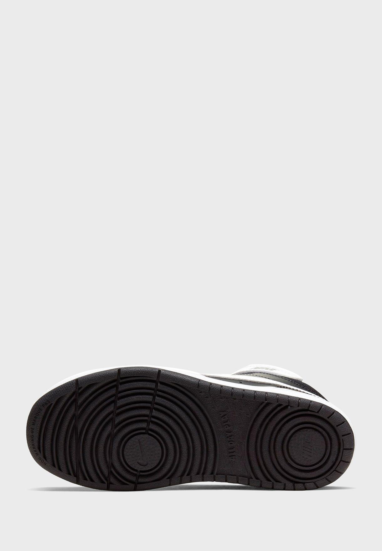 حذاء كورت بورو ميد 2