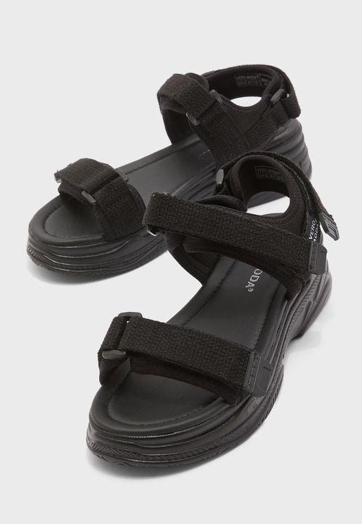 Benilla Flat Sandal