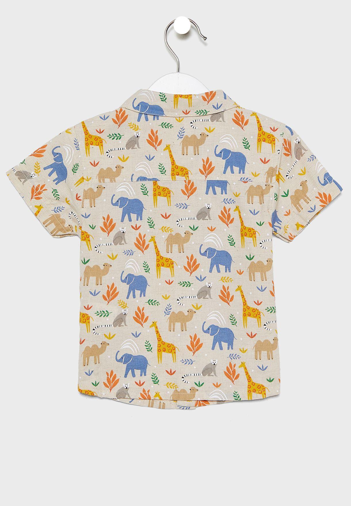 قميص بطبعات سفاري