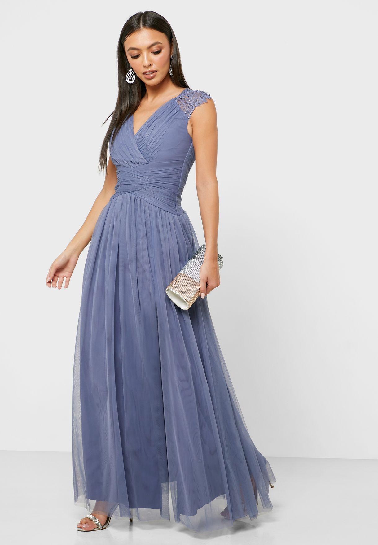 فستان بلؤلؤ صناعي