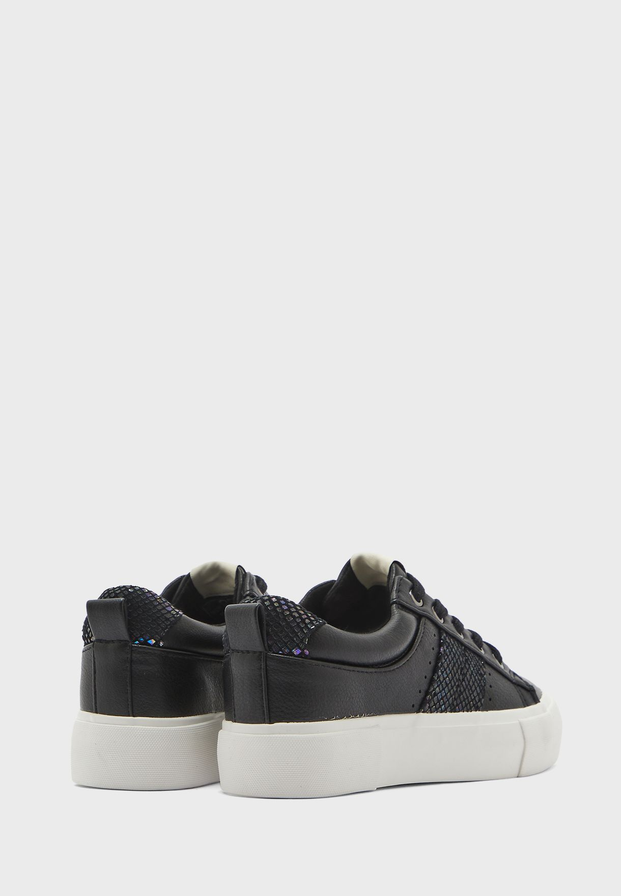 Liv Low Top Sneaker