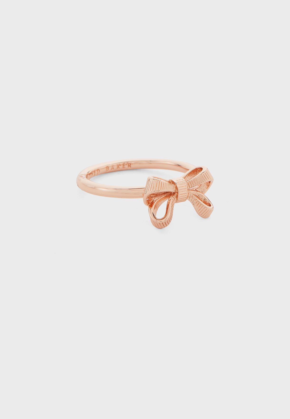 Passea Petite Bow Ring