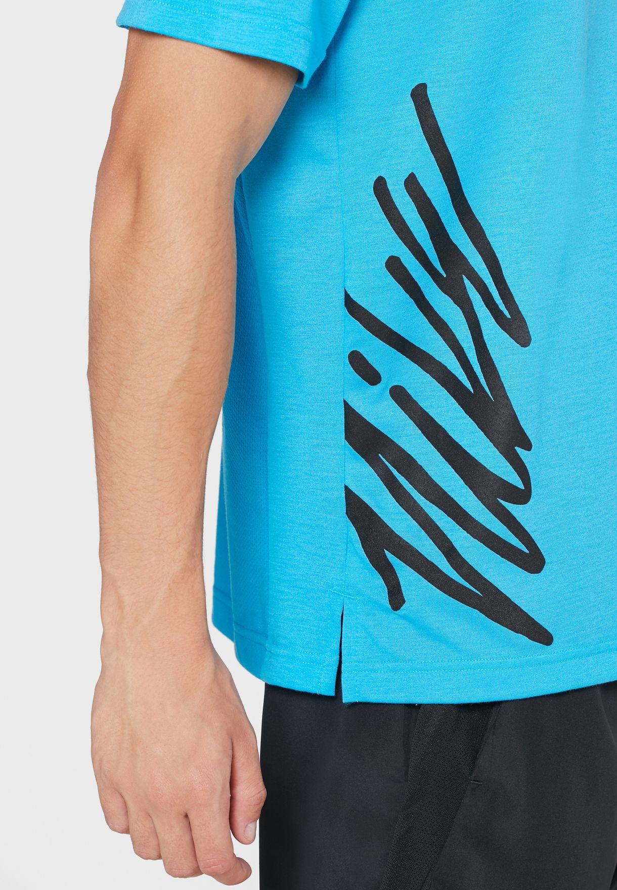 Nike Essential Logo T-shirt