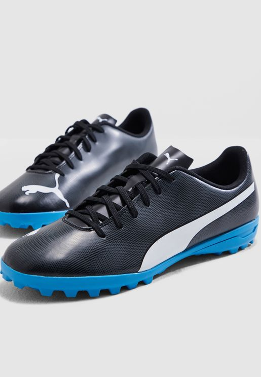 new styles f1a2c 5ff88 Football Shoes - Soccer Shoes Online Shopping at Namshi in Kuwait