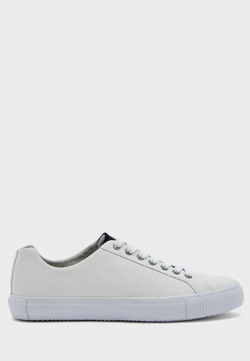 Borage Low Top Sneaker