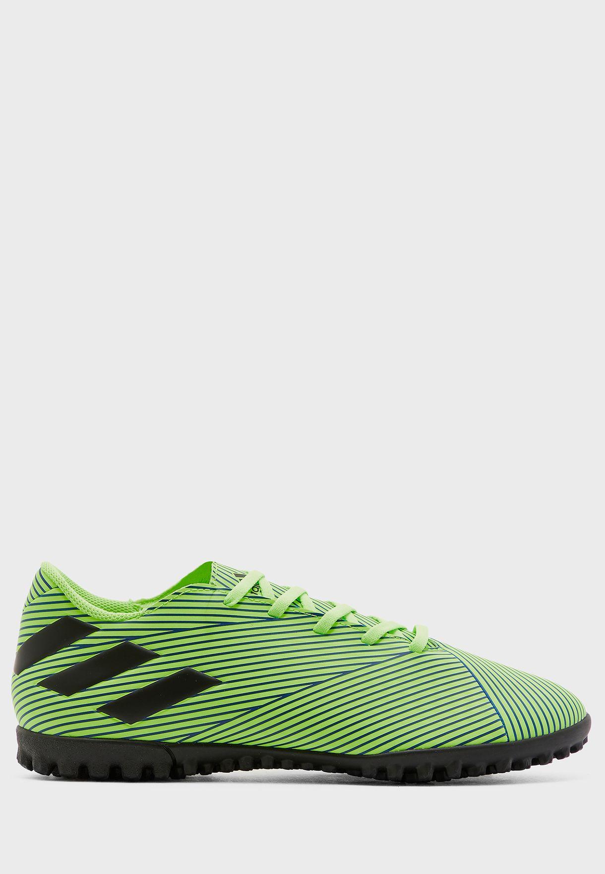حذاء نيميزيز 19.4